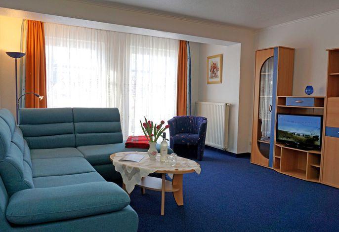 Wohnzimmer mit neuer Eckschlafcouch