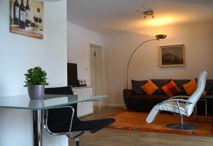 Apartment zum Weinberg mit gemütlichem Wohnzimmer mit Flachbildschirm etc.