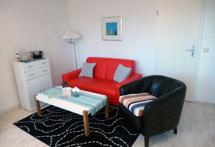 Wohnzimmer in der Ferienwohnung 'Anker' im Haus Ostseeblick in Lohme auf der Insel Rügen