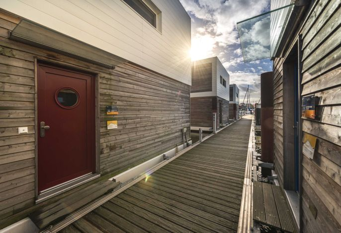 01. Floating Houses  (95 m²) mit Kamin
