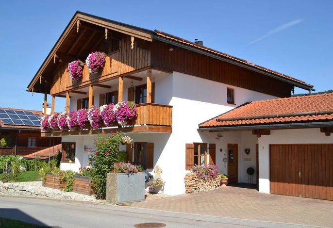 Ferienwohnungen Haus Sonnbichl, Josef und Martina Greipl
