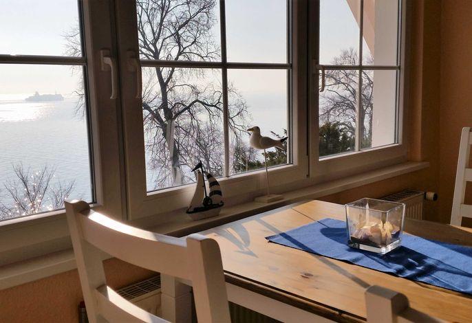 Wohnraum mit Blick auf die Ostsee