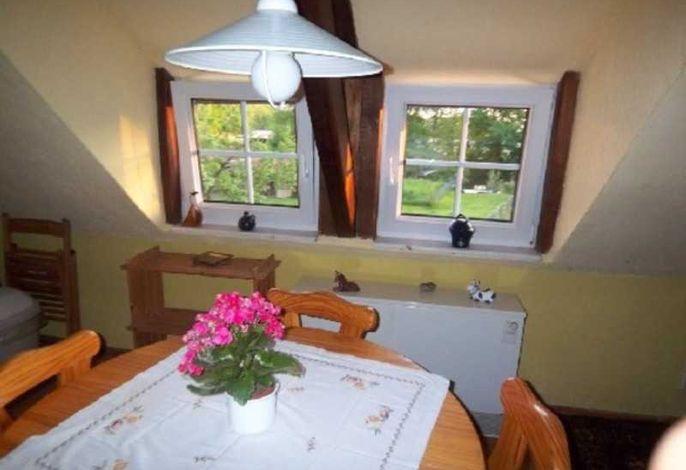 Essbereich mit Miniküche