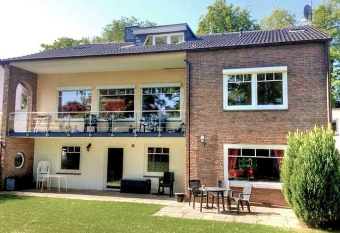 Gästehaus Strandkonsulat - Scharbeutz / Lübecker Bucht