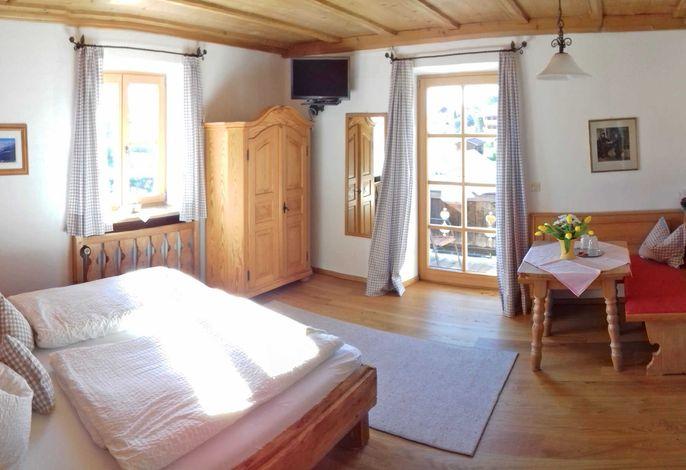 gemütliches Doppelzimmer mit Balkon
