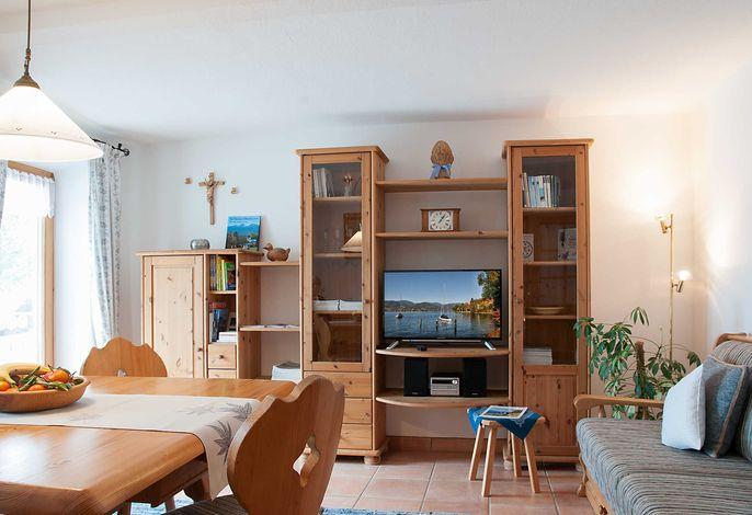 Ferienwohnung Eberle Tegernsee - Wohnzimmer mit Essecke