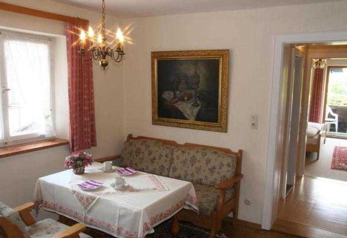 Wohnzimmer mit Mini-Küchenblock