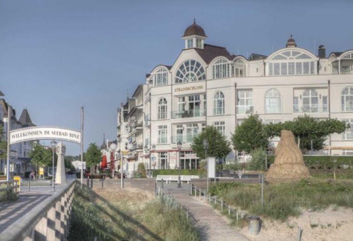Strandschloss ***** direkt an der Seebrücke, LUXUSPUR