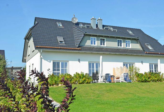 Haus Mönchgut F 609 Haushälfte 1 mit Terrasse + Garten
