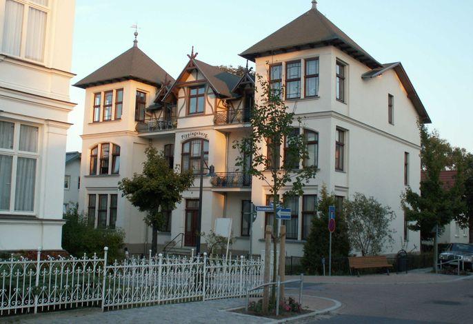 Villa Pippingsburg - August