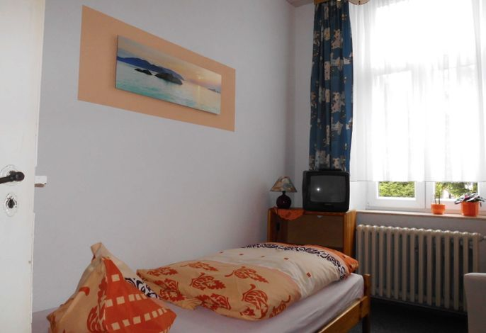 Einzelzimmer mit Etagenbad