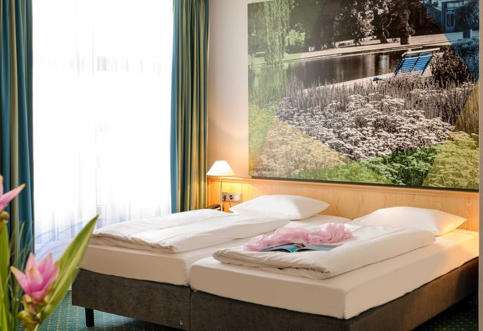 Standardzimmer mit zwei Einzelbetten