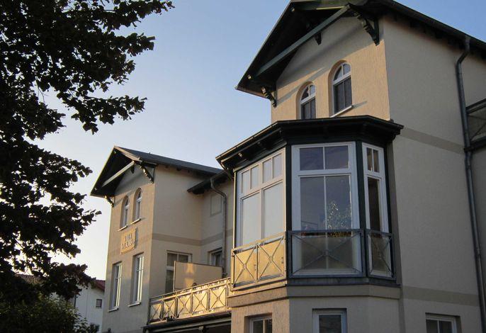 *FeWo Villa Victoria / Poschmann GM 69663
