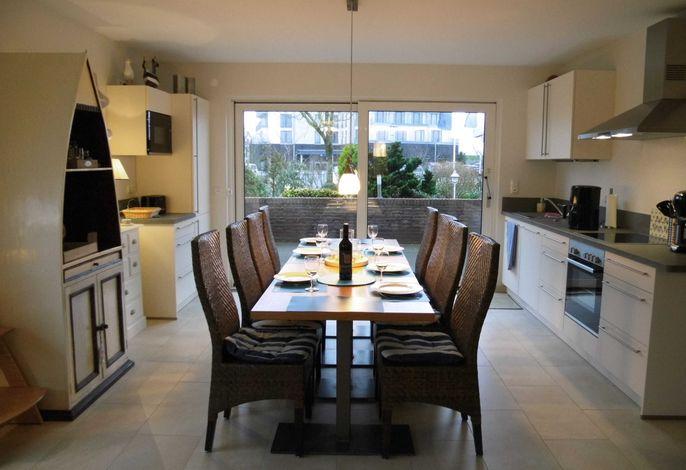 Wohnzimmer / Eßbereich / Küchenzeile