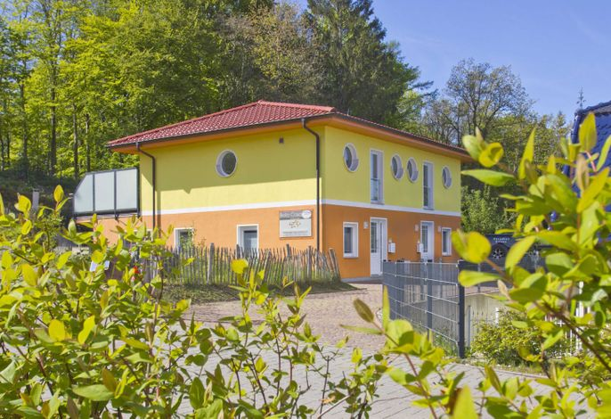 (W)  Bella Casa (1047)
