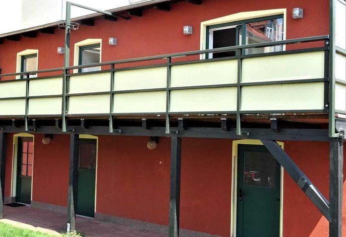 Ferienwohnung mit großem Balkon im Zentrum von Waren/Müritz