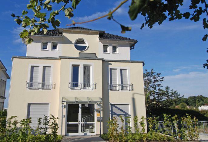 Haus Möwe F 579 WG 2 im EG mit Terrasse + Garten