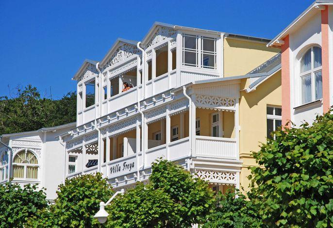 Villa Freya F549 WG 6 im DG mit 2 Balkonen
