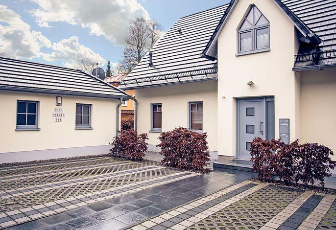 Casa Sellin F586 WG 2 mit gr. Balkon + Gartennutzung