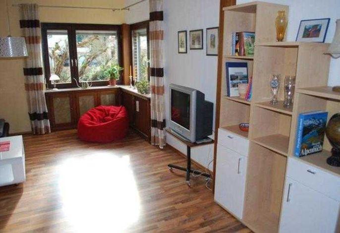 Das heimelig eingerichtete Wohnzimmer