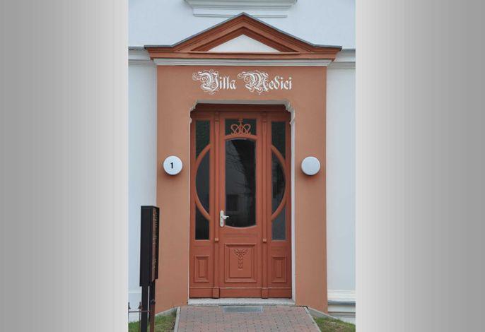 Ahlbeck, Villa Medici - seitlicher Meerblick