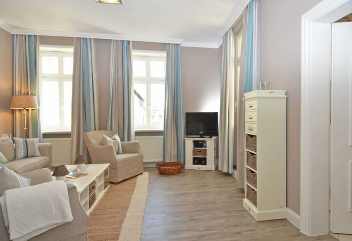 Villa Fernsicht im Ostseebad Sellin WG 4 Wohnzimmer