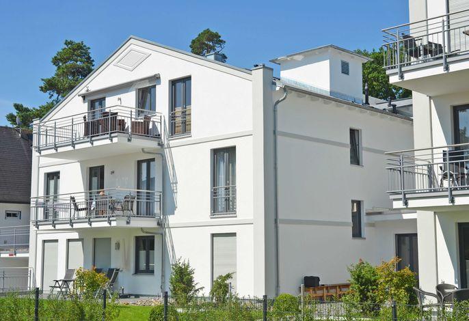 Residenz Margarete F596 WG 1.3 mit Terrasse mit Strandkorb