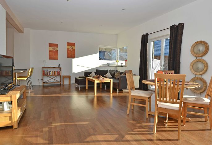 Villa Cliffkante im Ostseebad Sellin WG 01 Loft Wohnbereich