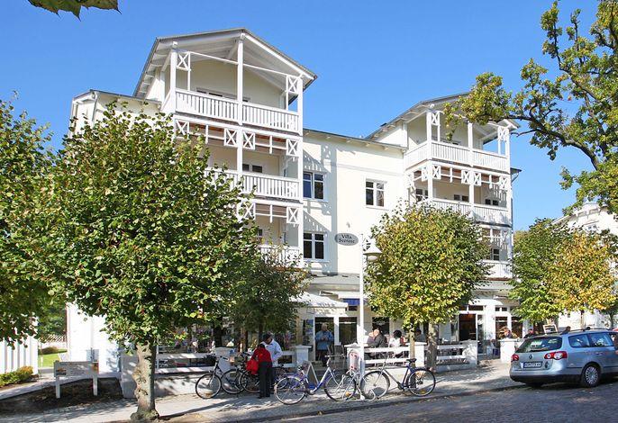 Villa Seerose F700 WG 2 im 1. OG mit Balkon zur Wilhelmstr.