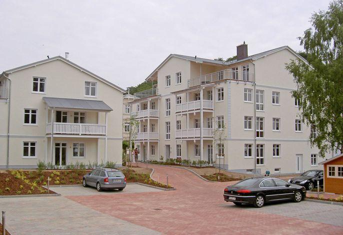 Villa Seerose F700 WG 6 im 2. OG mit Balkon zur Wilhelmstr.