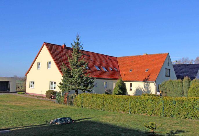 Ferienwohnungen Neuendorf VORP 2420-2