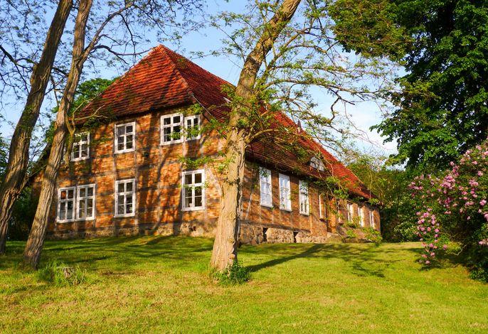 große Ferienwohnungen im Gutshaus
