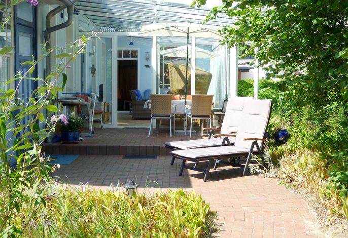 Villa Venezia,  gr. Wintergarten, Garten, Strand 300 m, WLAN