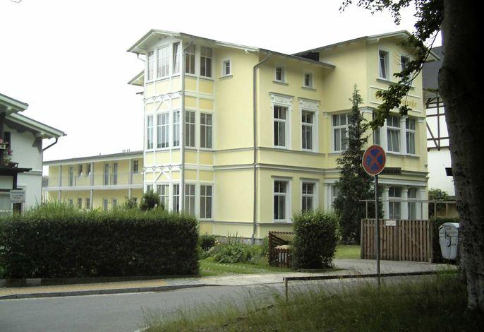 Villa Waldstraße *250m vom Ostseestrand entfernt*