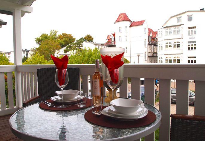Resid. Prorer Wiek, App. 9, strandnah in Binz, möbl. Balkon
