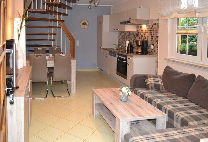 Wohn- / Essbereich mit Küche