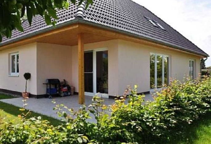 BÖ Seestraße Ferienhaus Findling