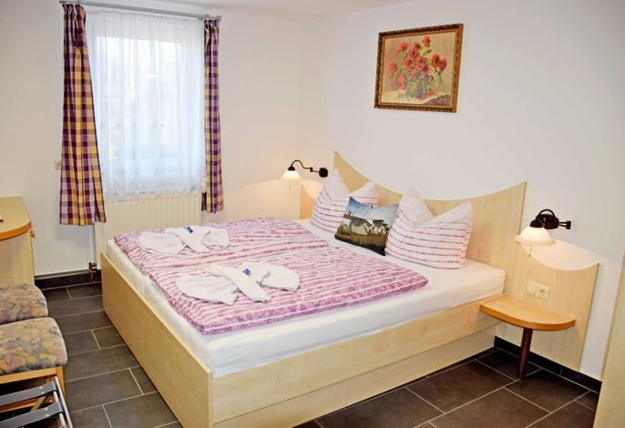 03 Doppelzimmer