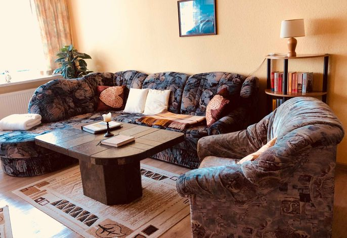 Der Wohnbereich mit Sitzecke