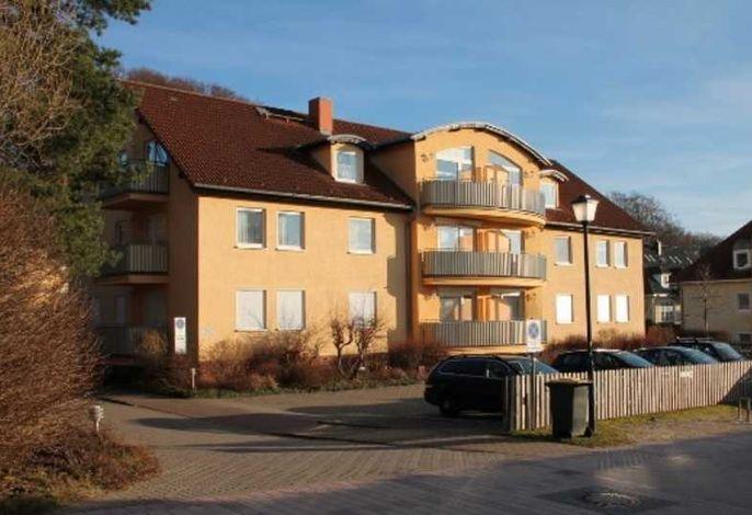 Waldstraße 12