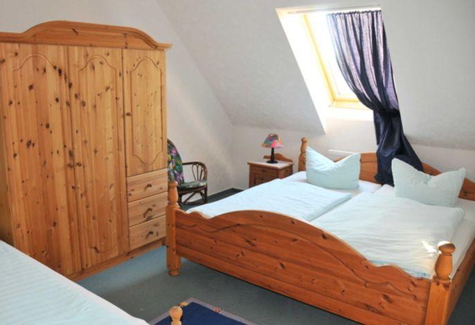 Schlafzimmer im Obergeschoss (Beispielbild)
