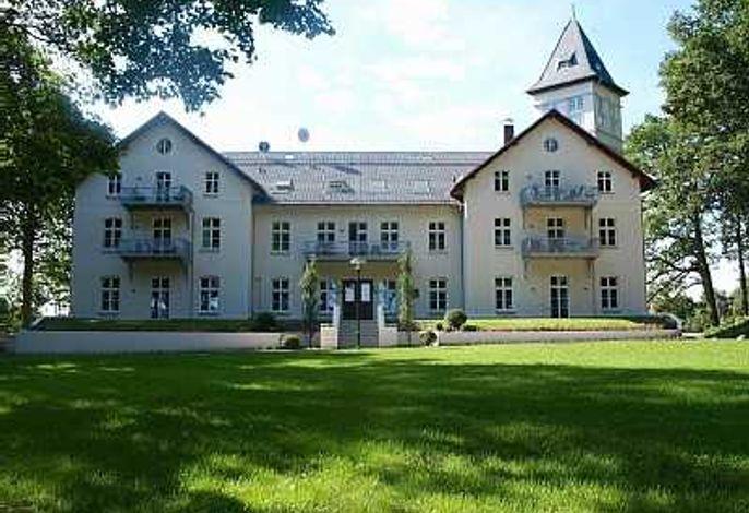 (301) Appartement Schloß Hohen Niendorf
