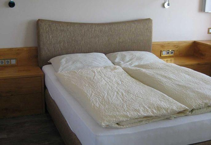 Schlafzimmer zur Seeseite