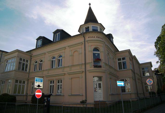 Villa Phönix 3,  Nangot **100 m bis zum Ostseestrand**