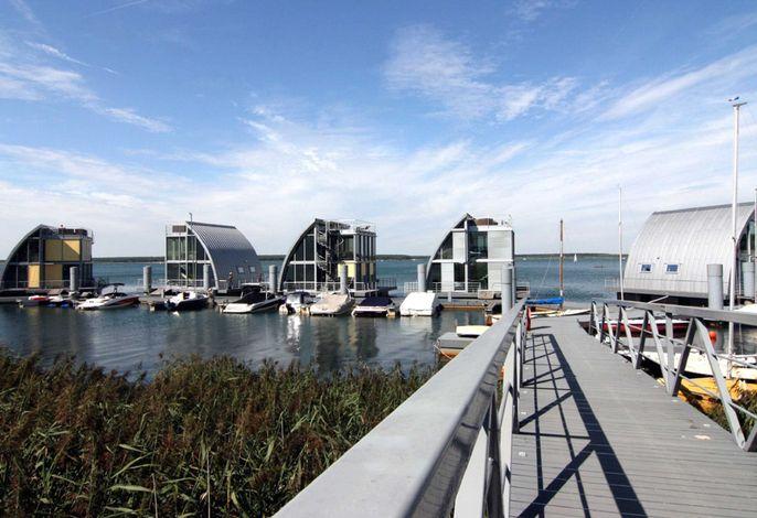 Ferienhafen - Schwimmende Häuser - Lausitz Resort