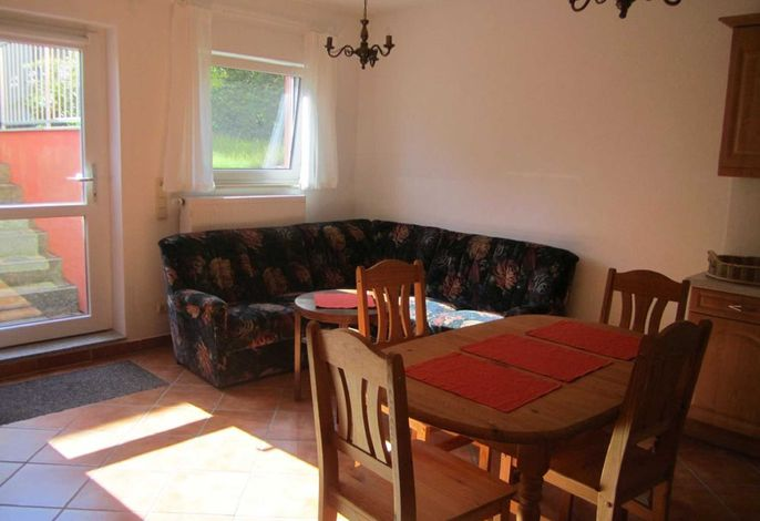 Wohnbereich mit Sitzmöglichkeiten