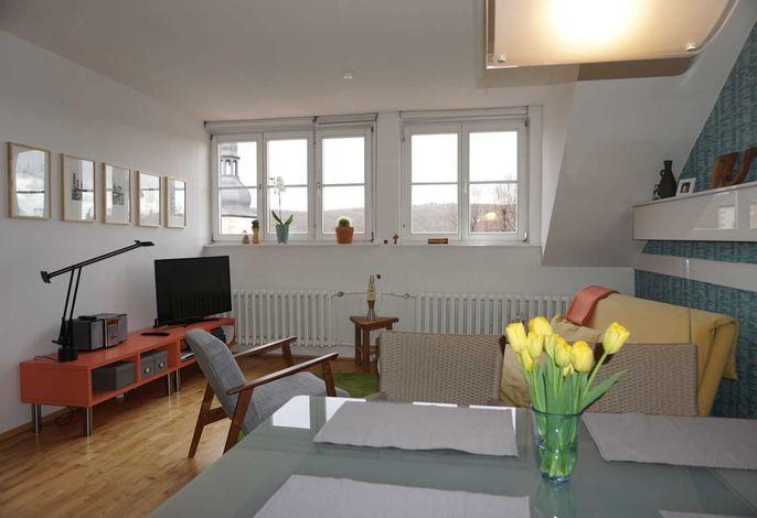Wohnzimmer mit Schlafcouch (1,60 m breit)