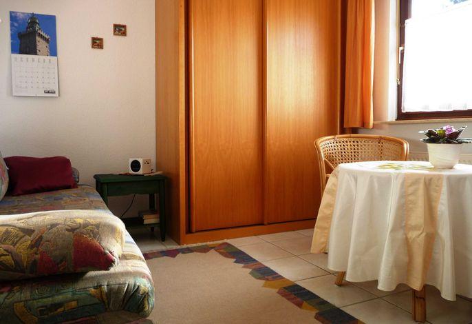 Einzelzimmer Grashüpfer