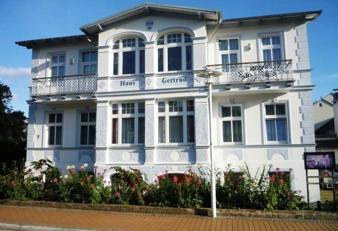 Villa Gertrud, nur 300m zum Strand, inkl. WLAN