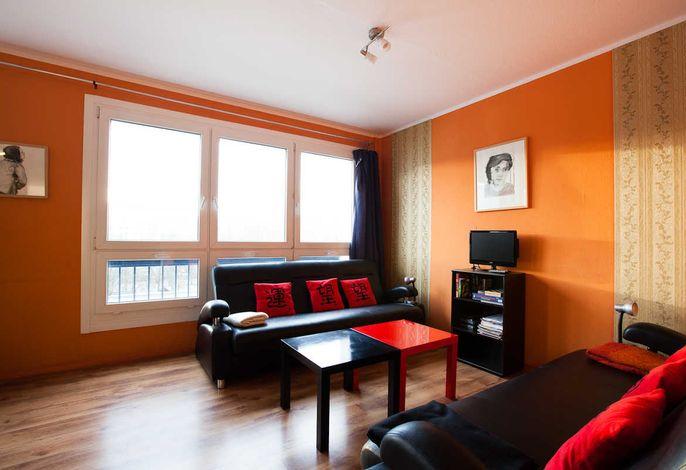 park + city ALEX 4 room apartment